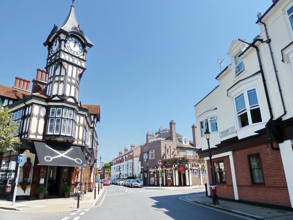 Portsmouth Université datant meilleurs sites de rencontres gratuites pour les geeks