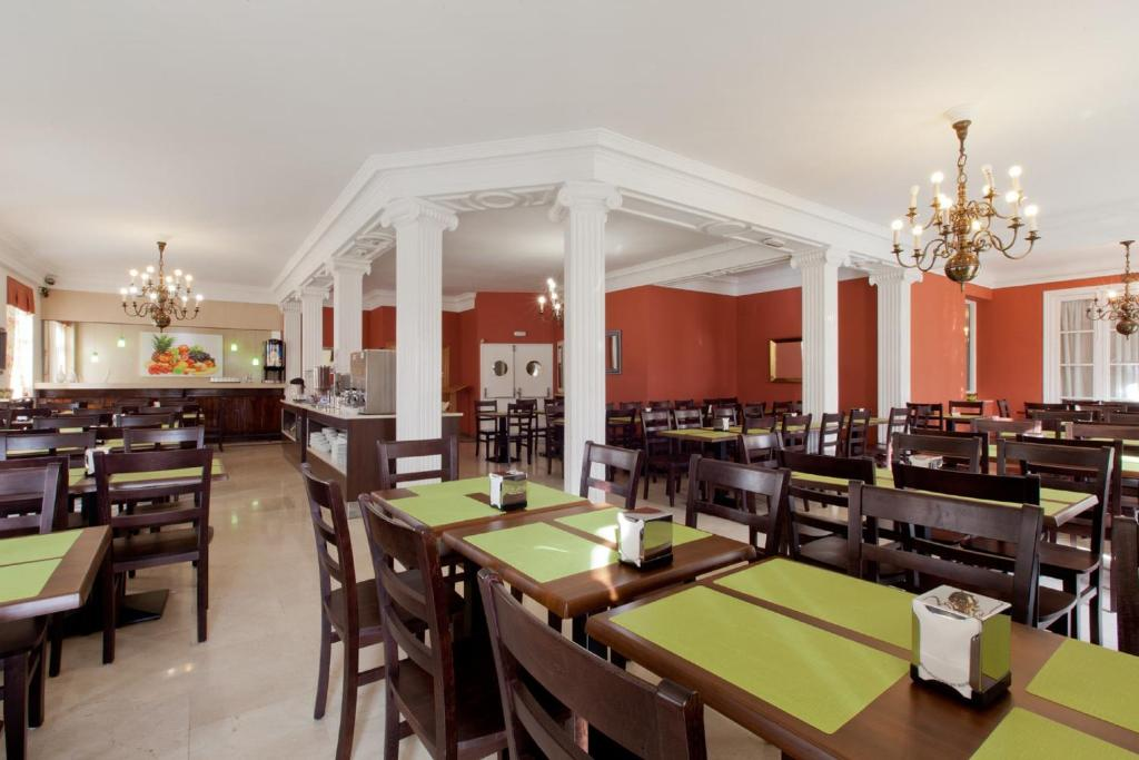 Hotel Carlos V Madrid Booking