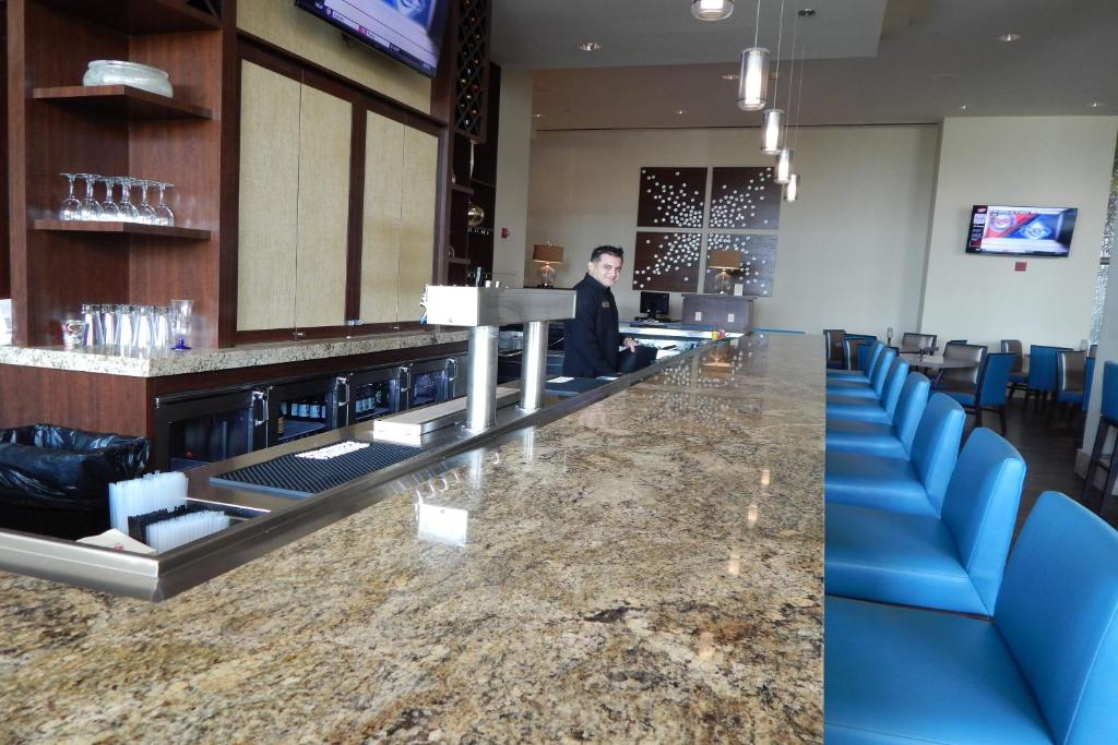 Moody Gardens Hotel Spa And Convention Center Holiday Residences Galveston