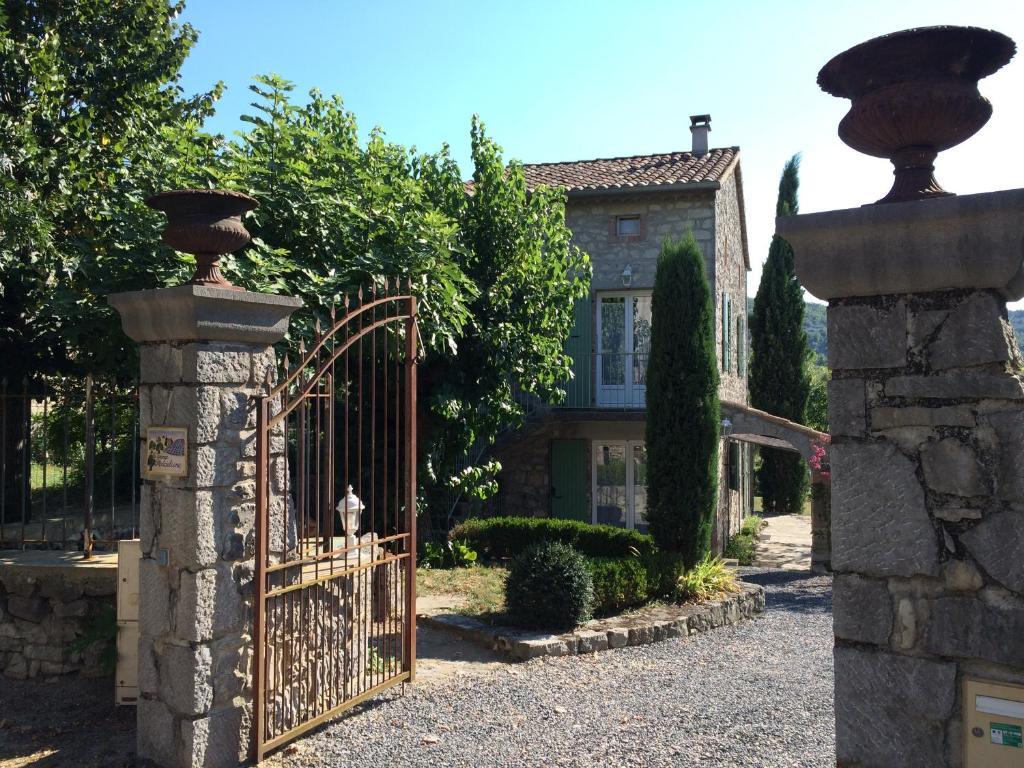 7abab14e9e2788 Grange Madeleine - Rental in Beaulieu en Ardèche (07)