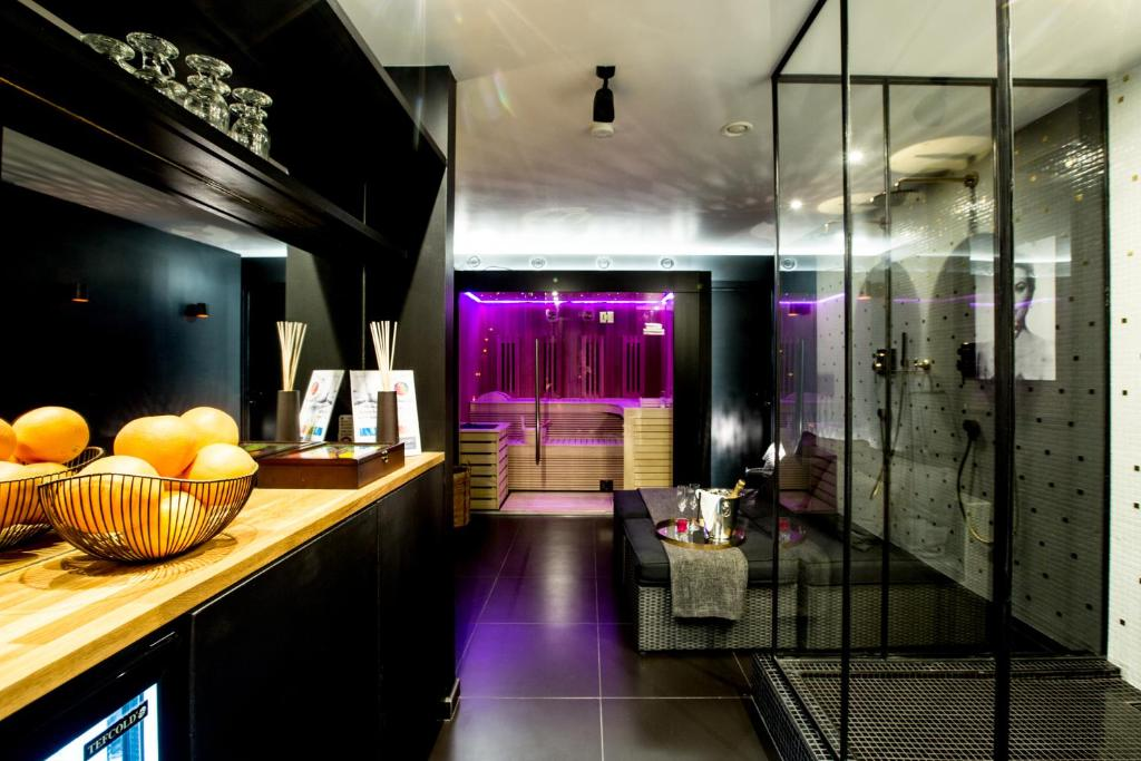Chambre avec jacuzzi sauna privatif bruxelles - Sauna paris pas cher ...