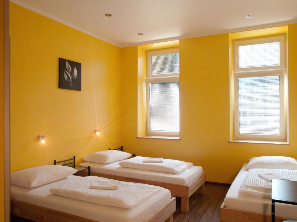 Mini Kühlschrank Wien : Do step inn mini apartments wohnungen vienna