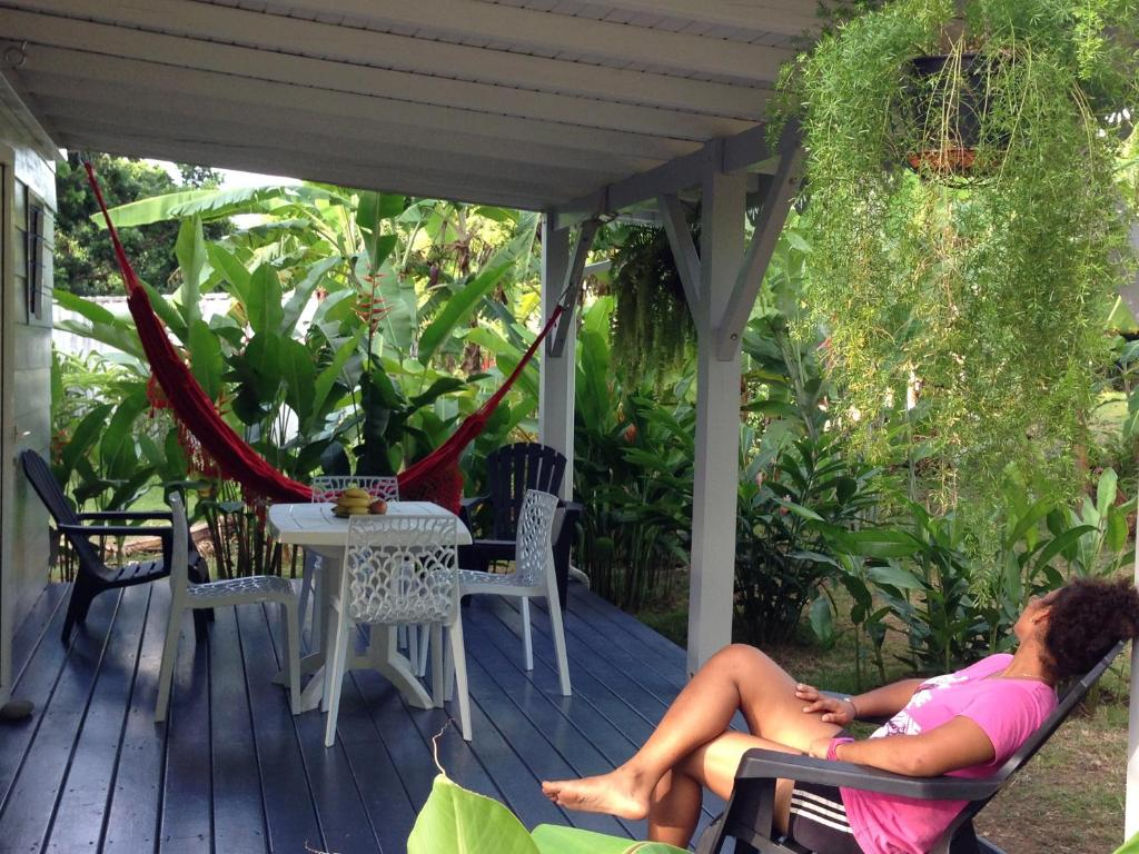 Un Bungalow Dans Mon Jardin Fleuri Rental Baie Mahault