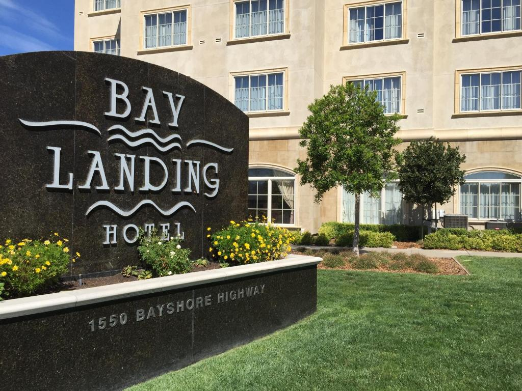 Book Now Bay Landing Hotel (Burlingame, United States). Rooms Available for all budgets. Guests enjoy a bayfront setting and free airport parking at the non-smoking Bay Landing Hotel which also features a free airport shuttle. The Bay Landing is housed in a four-f