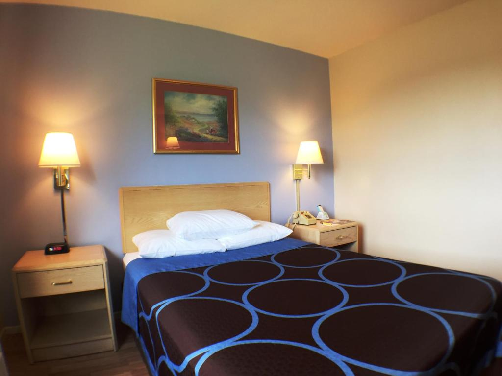 Hotel Rooms In Canandaigua Ny
