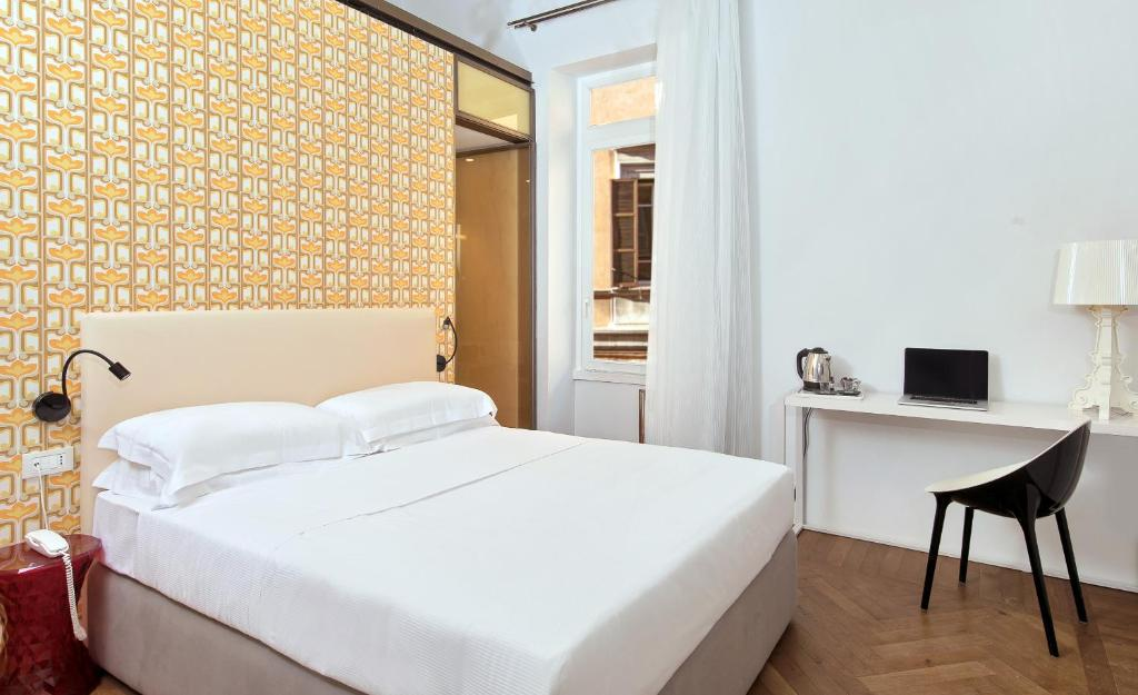 Dock Hotel Rome