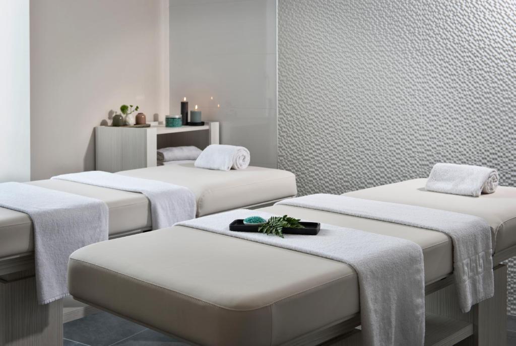 golden tulip douarnenez h tel spa r servation gratuite sur viamichelin. Black Bedroom Furniture Sets. Home Design Ideas