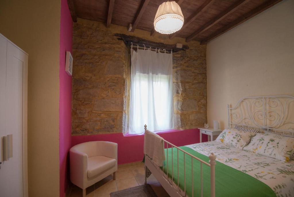 Camere Da Letto Nava.Casa Rural La Rana Affitta Nava De Francia
