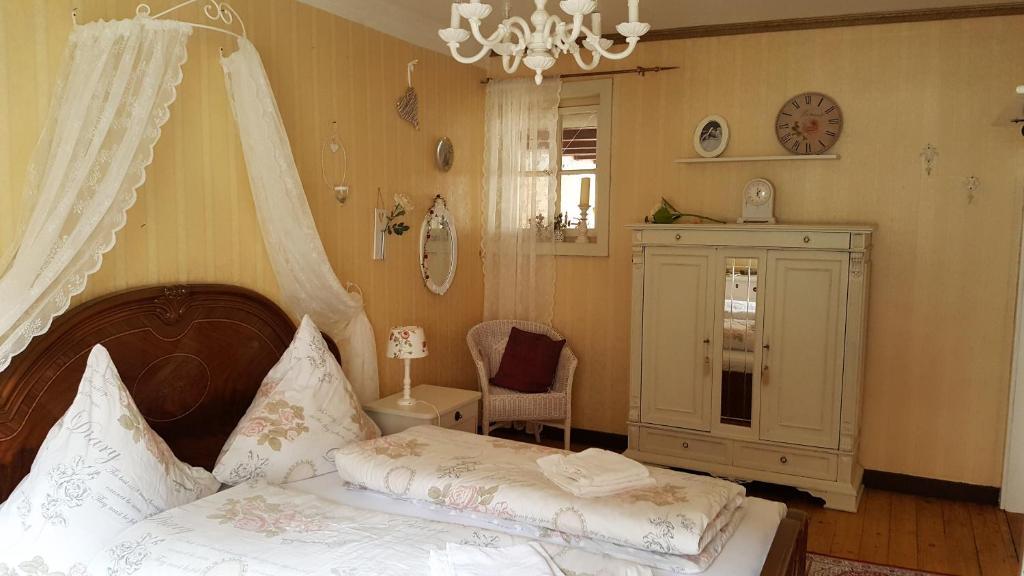b b m rchenhaftes alsfeld viamichelin informationen und online buchungen. Black Bedroom Furniture Sets. Home Design Ideas