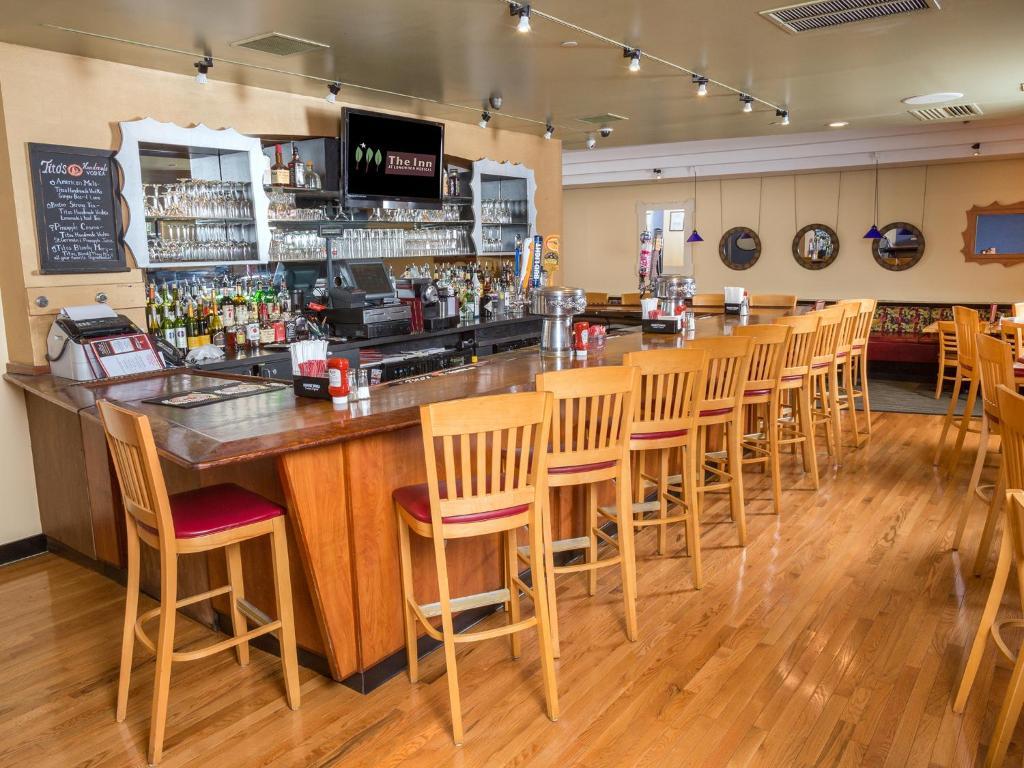Longwood Inn Restaurant