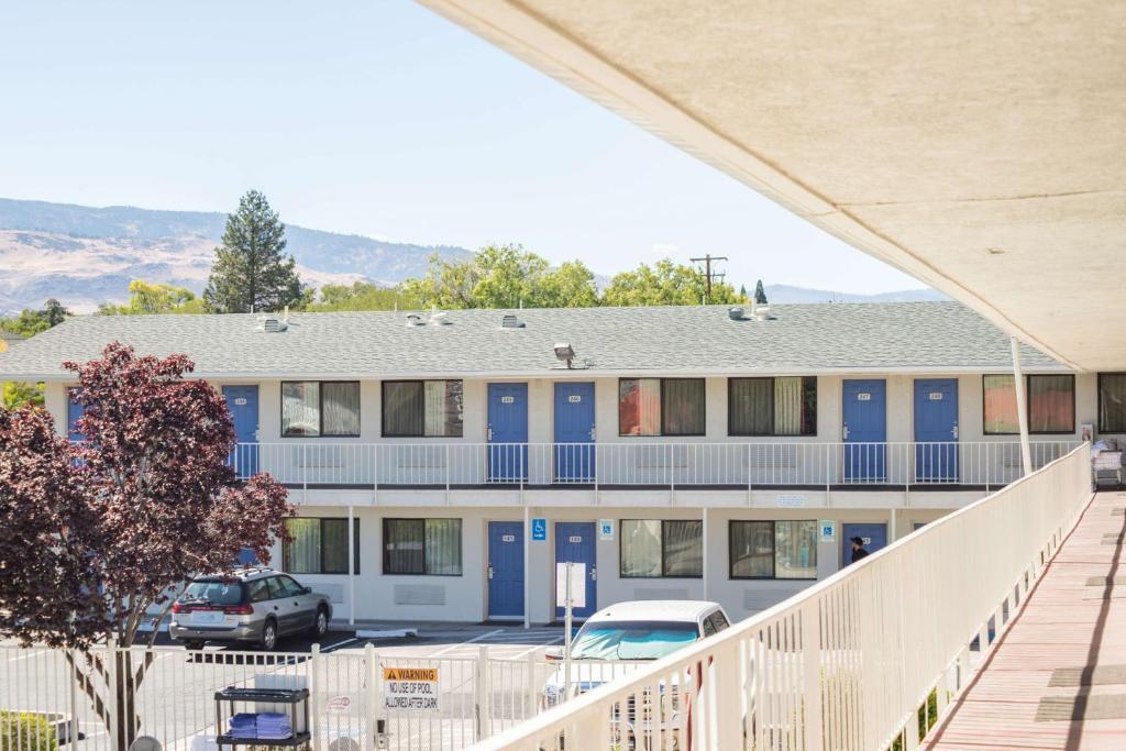 Motel 6 Reno Virginia Plumb Reno Informationen Und