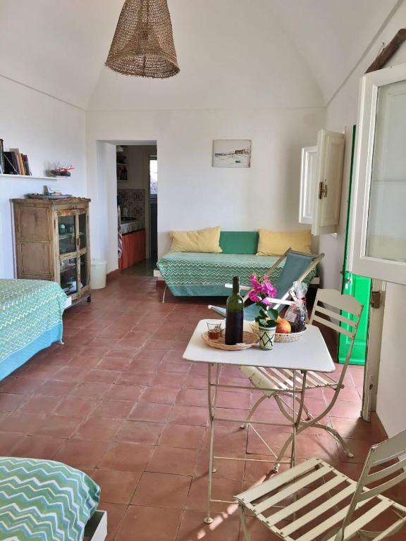 Dammuso Karuscia\', Casa vacanze Pantelleria