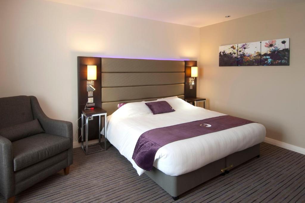 Premier inn southwark borough high st city of london for Habitaciones familiares italia