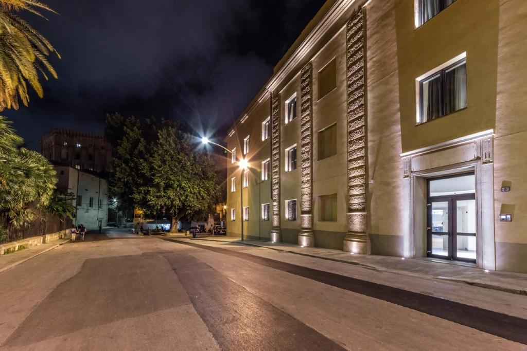 Sala Fumatori Aeroporto Palermo : Hotel camplus guest palermo