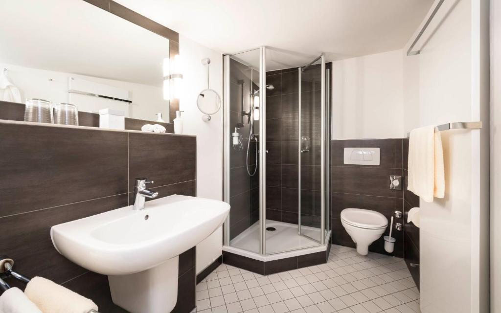 romantik hotel zum stern bad hersfeld zarezerwuj online viamichelin. Black Bedroom Furniture Sets. Home Design Ideas