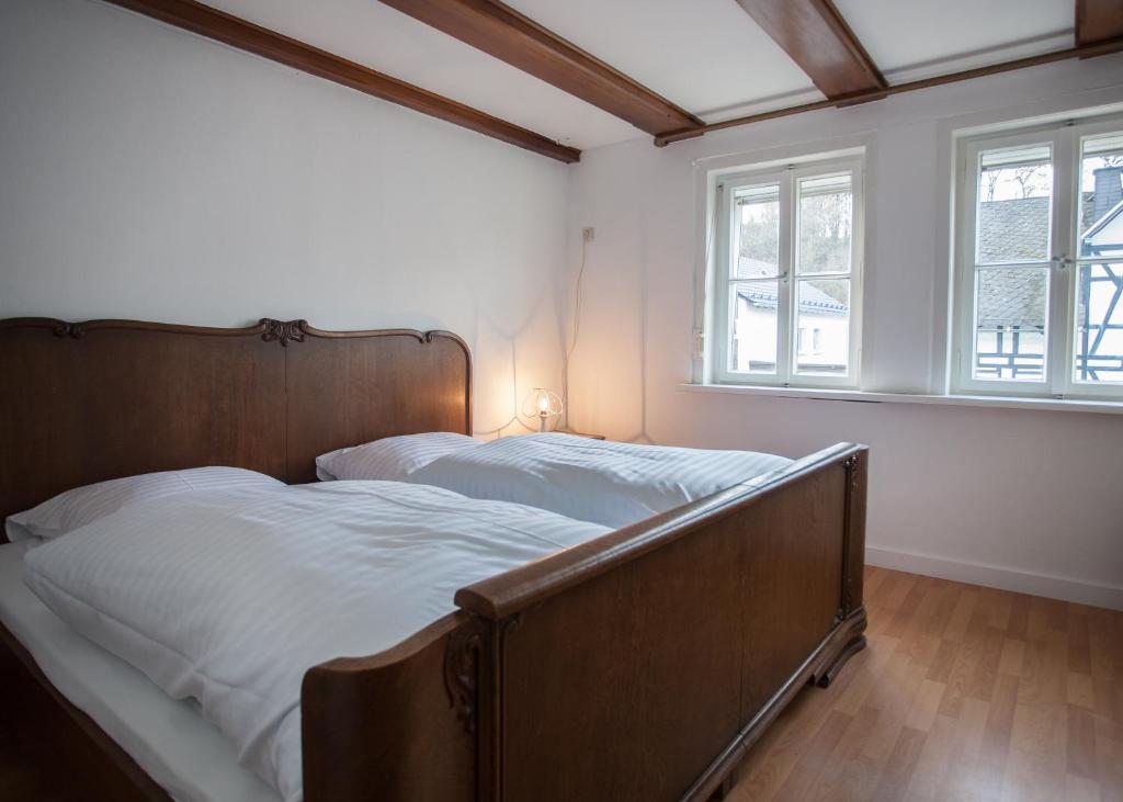 Vakantiehuis 6 Slaapkamers : Vakantiehuis briloner strasse c vakantiehuis winterberg