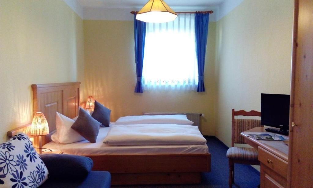 Hotel Pension Lindenhof Chiemsee