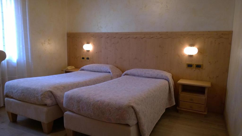 Camere Matrimoniali A Ponte In Legno.Hotel Mignon Ponte Di Legno