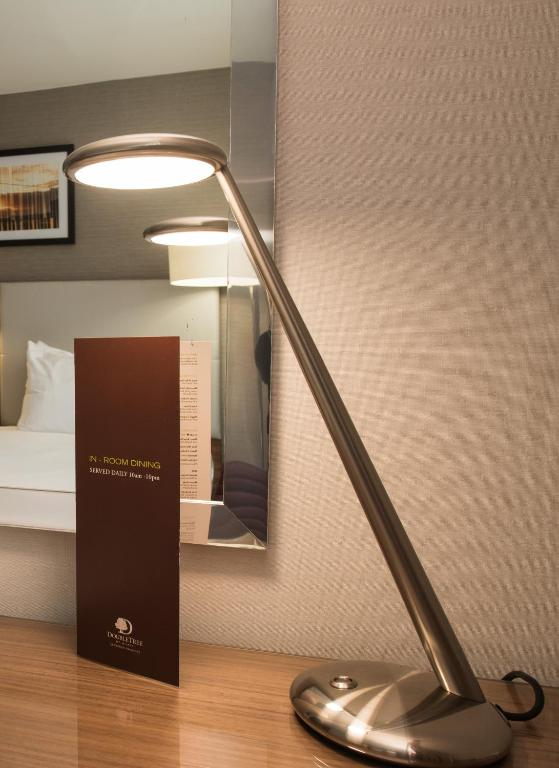 Doubletree By Hilton Aberdeen Treetops Aberdeen Book Your Hotel With Viamichelin