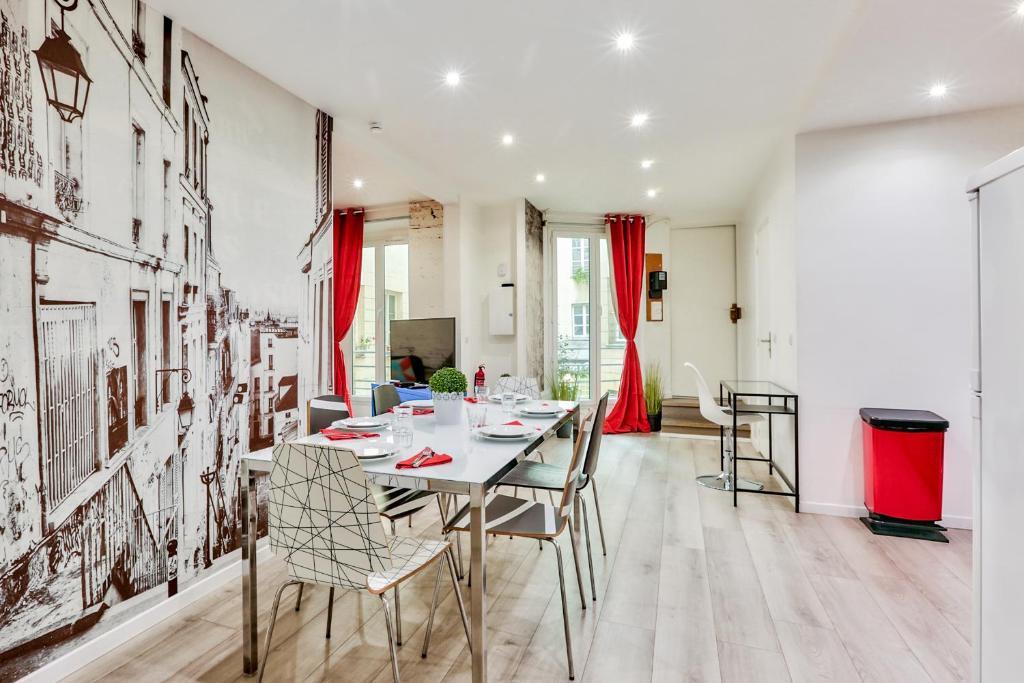 02 best flat montorgueil 1 paris online booking for Flat hotel paris