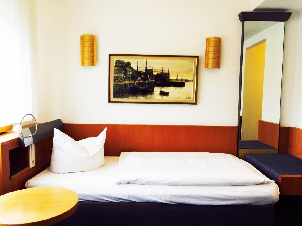 Hotel imperial wuppertal reserva tu hotel con viamichelin for Rauental 24 wuppertal