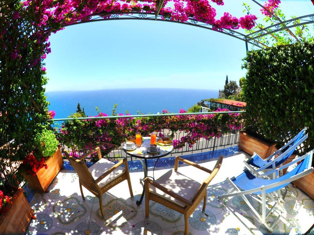 Locanda Costa D Amalfi Chambres D Hotes A Amalfi Campanie Italie