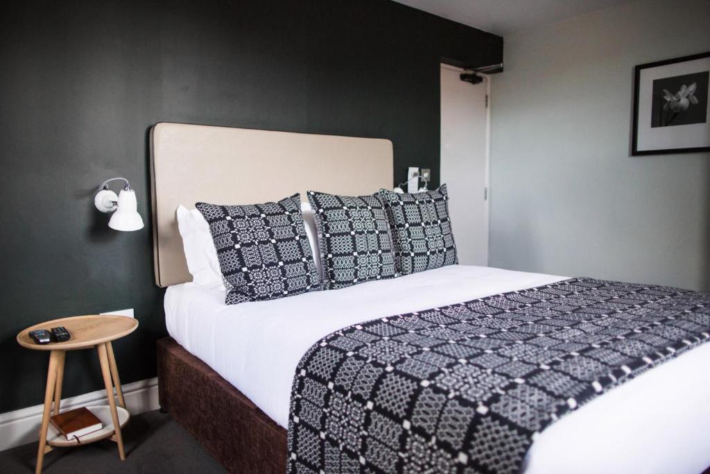 Warwick Web Room Booking