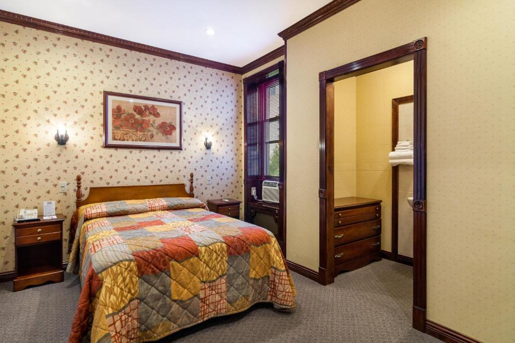 Hotel 17 - Extended Stay - New York - ViaMichelin ...