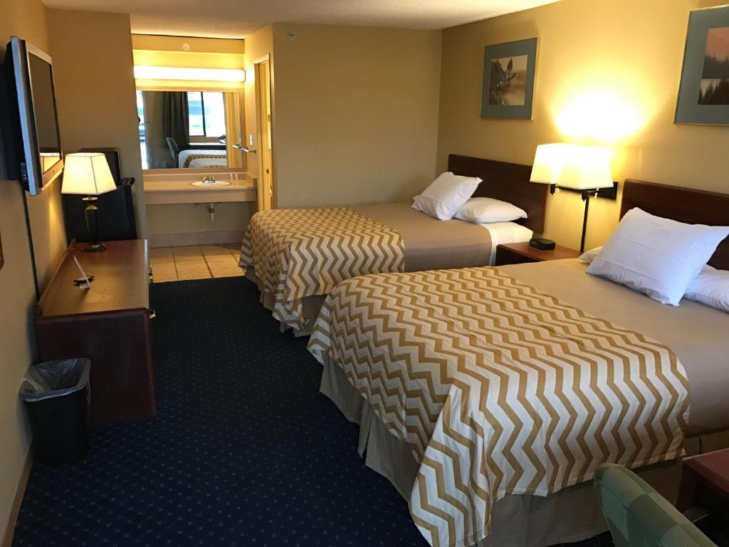 Travelodge By Wyndham Tacoma Near Mcchord Afb Lakewood