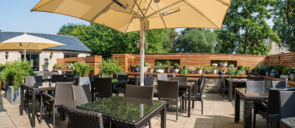 Oxford Spires Hotel Reviews
