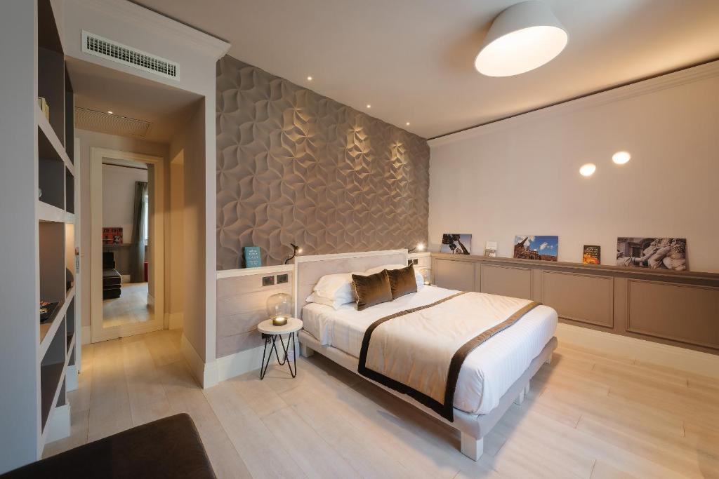 Rhea silvia luxury navona rome online booking for Hotel luxury navona