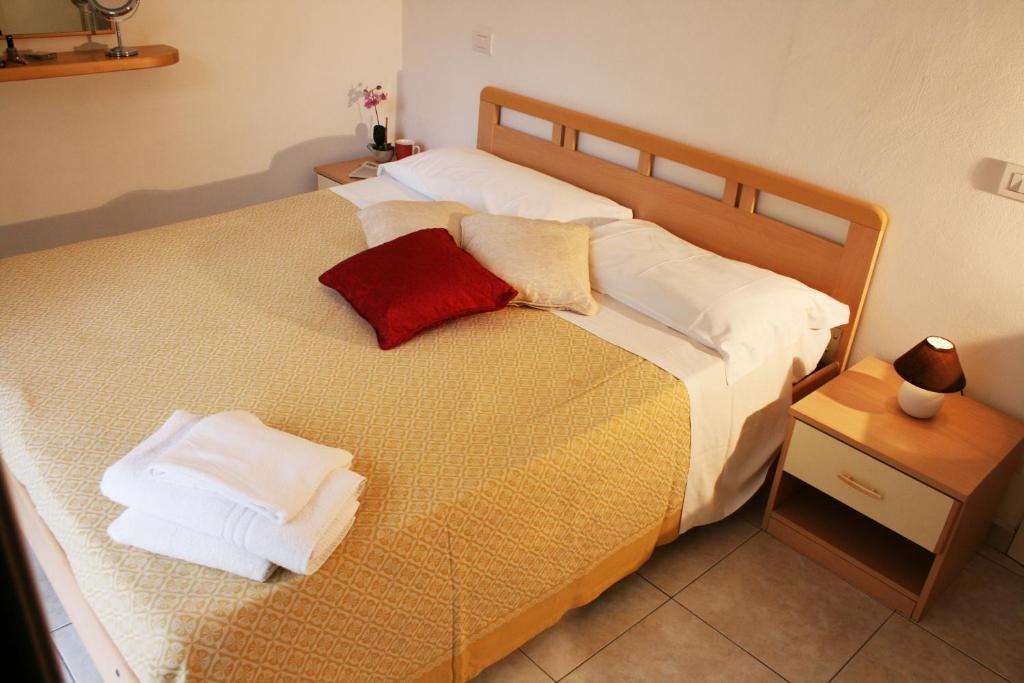 Camere Da Letto Corsini.Residenza Corsini Appartamenti Riccione