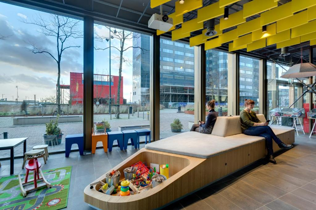 Meininger Hotel Amsterdam City West Booking
