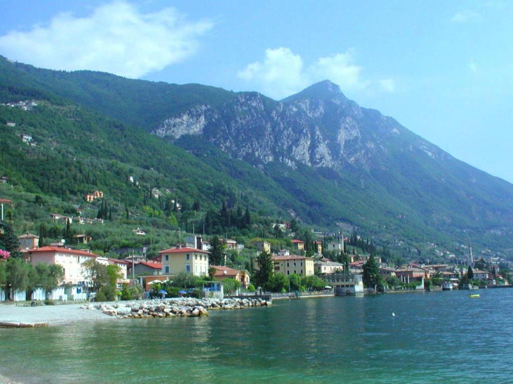 Hotel Lido Gargnano Book Your Hotel With Viamichelin