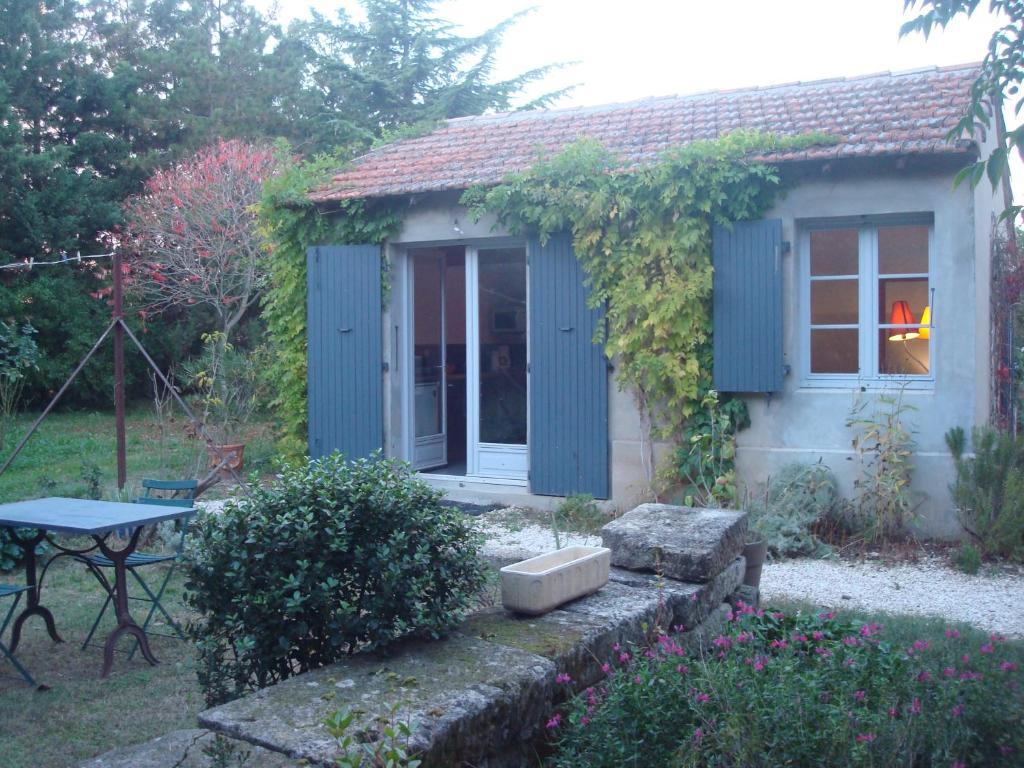 Petite maison et jardin en Provence, Ferienhaus Charleval