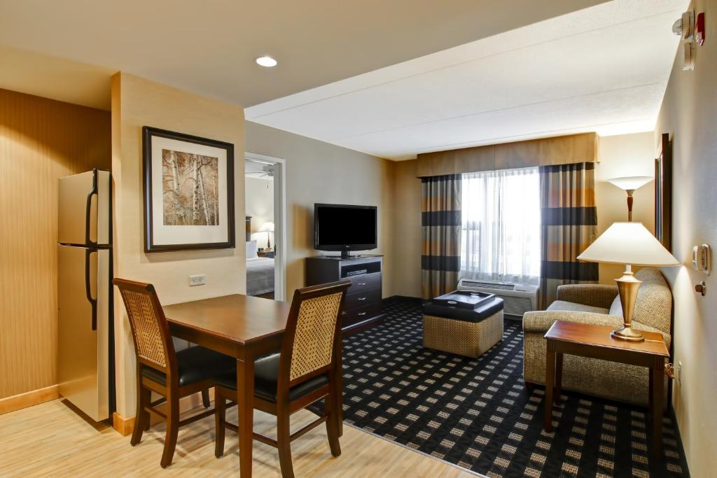Hotel Homewood Suites By Hilton Toronto Airport Corporate
