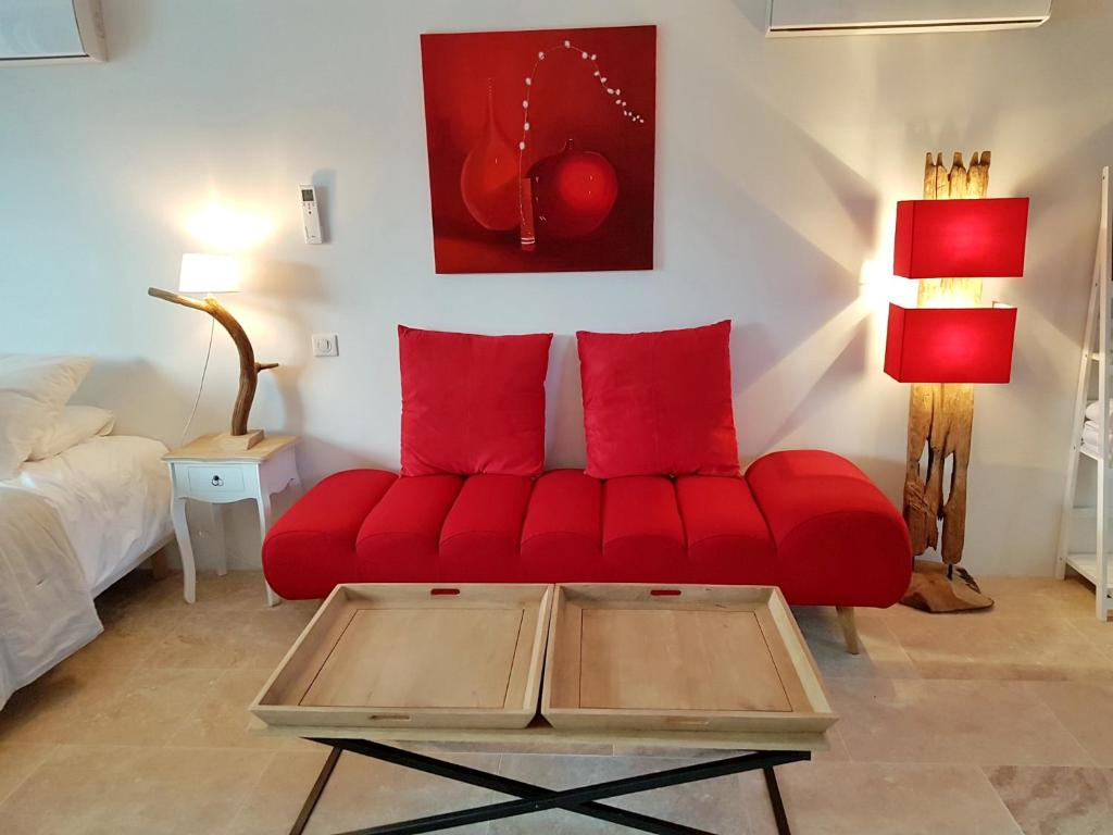 chambres d 39 h tes le petit paradis chambres d 39 h tes grol jac. Black Bedroom Furniture Sets. Home Design Ideas
