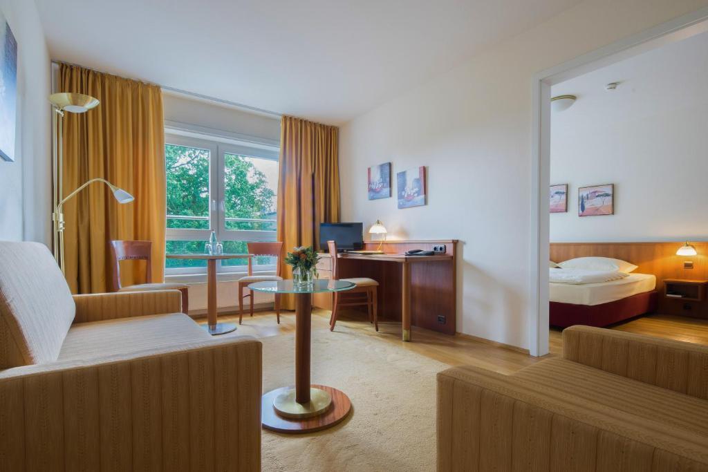 newlivinghome residenzhotel hamburg hamburg informationen und buchungen online viamichelin. Black Bedroom Furniture Sets. Home Design Ideas