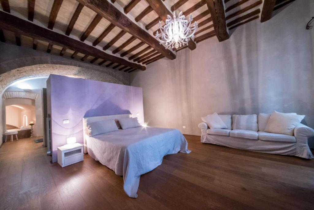 Soffitto Con Travi In Legno In Inglese : La zuppa inglese bed breakfast assisi