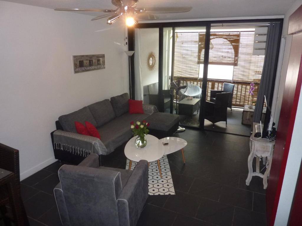 Salle De Bain La Reunion ~ appartement les amandines appartement saint gilles les bains