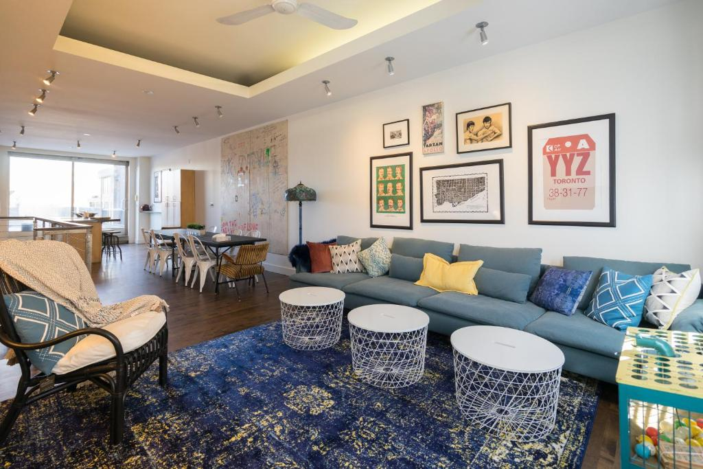 Phenomenal Applewood Suites 2 Story Ossington Loft Apartment Toronto Download Free Architecture Designs Xoliawazosbritishbridgeorg