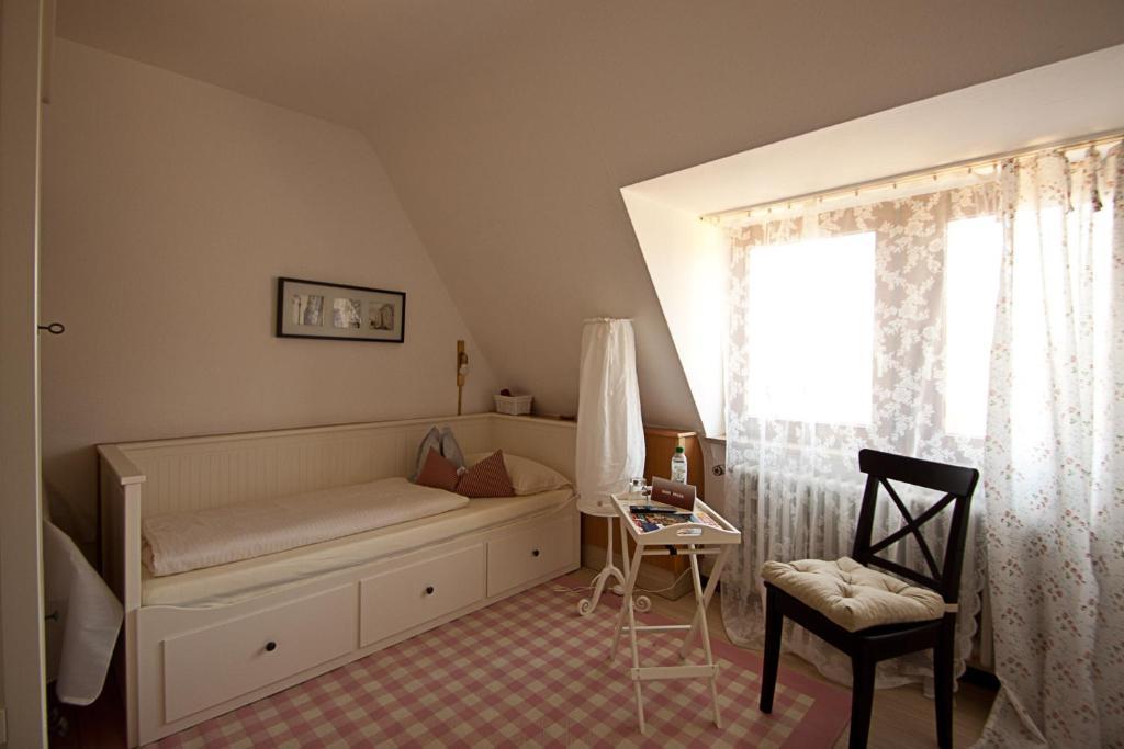 Hotel barbarossa garni w rzburg informationen und for Hotel wurzburg zentrum
