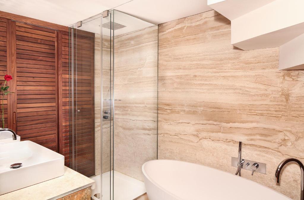 Claris hotel spa gl barcellona prenotazione on line - Baby spa barcelona ...