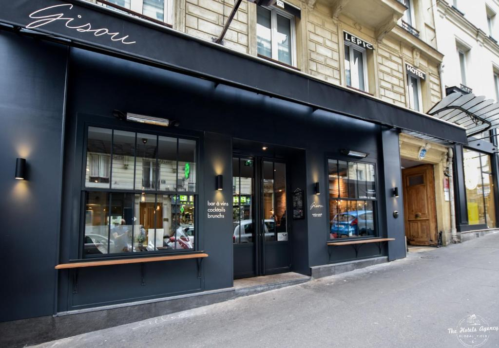 Hotel  Lepic Paris