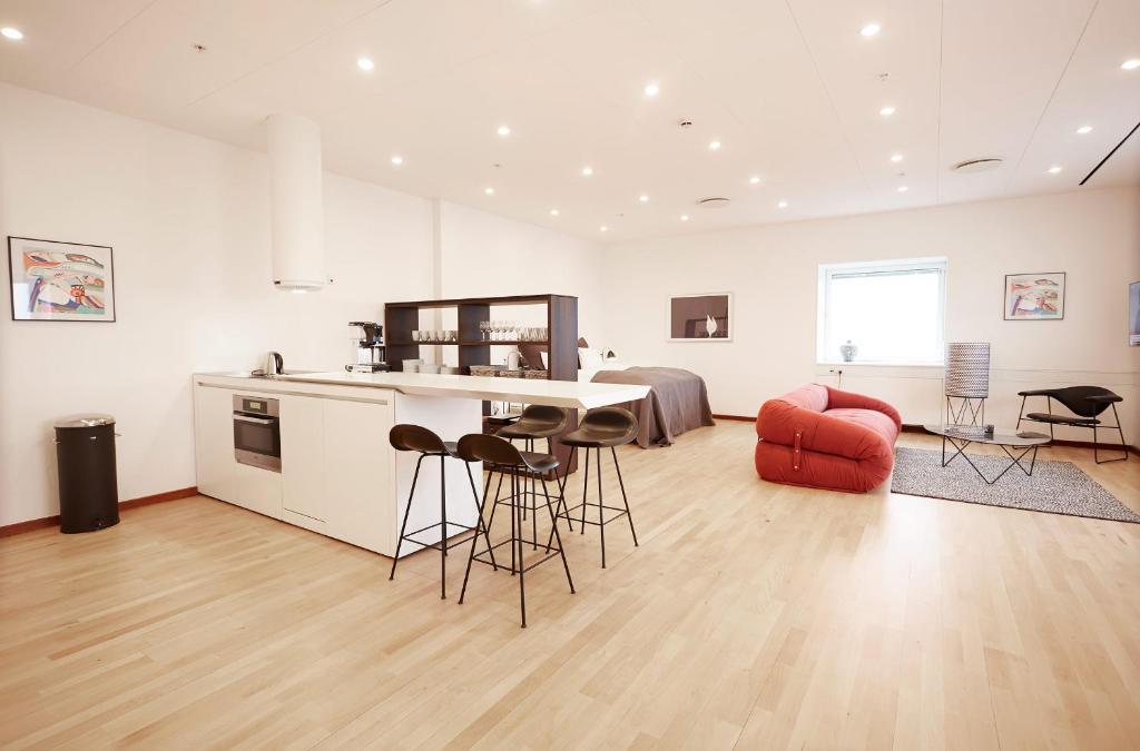 Europahuset luxury apartments kopenhagen informationen for Hell s kitchen luxury apartments