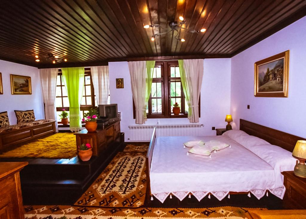 Sharlopova Boutique Guest House   Sauna U0026 Hot Tub, Bed U0026 Breakfasts  Bozhentsi