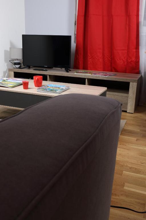 Studio Saint Georges, Appartement Saint-Julien en Genevois