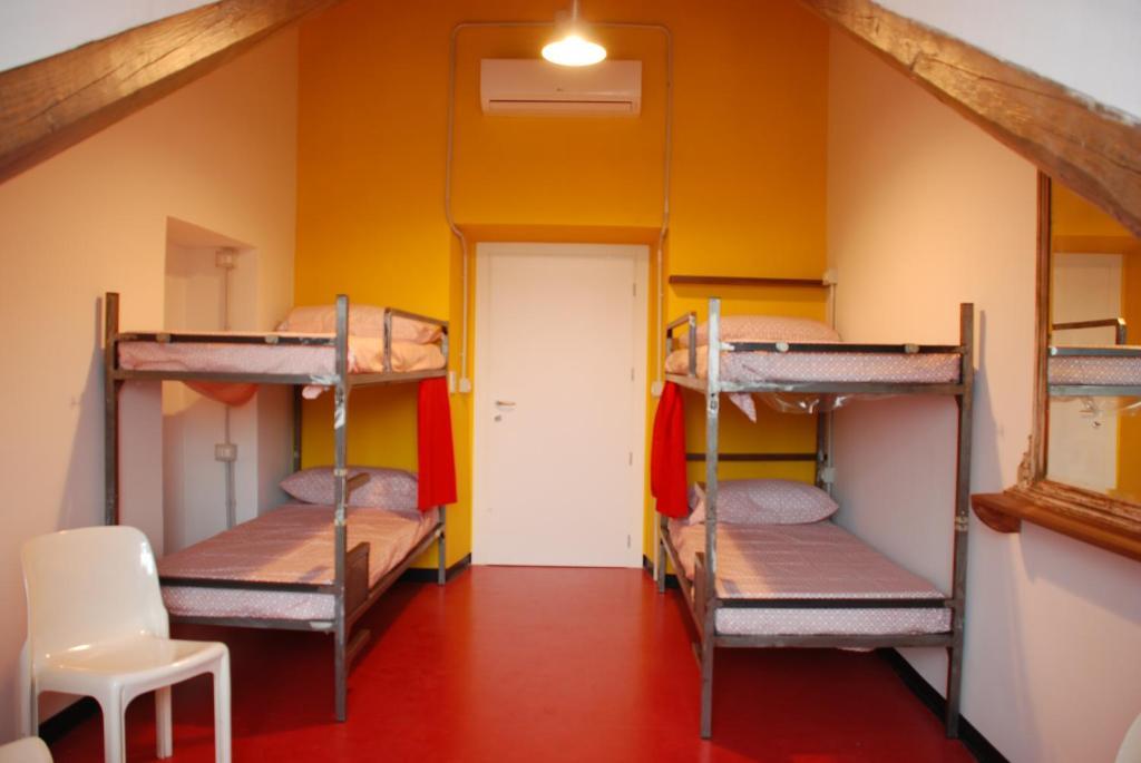Attic hostel torino turin informationen und buchungen for Hostel turin