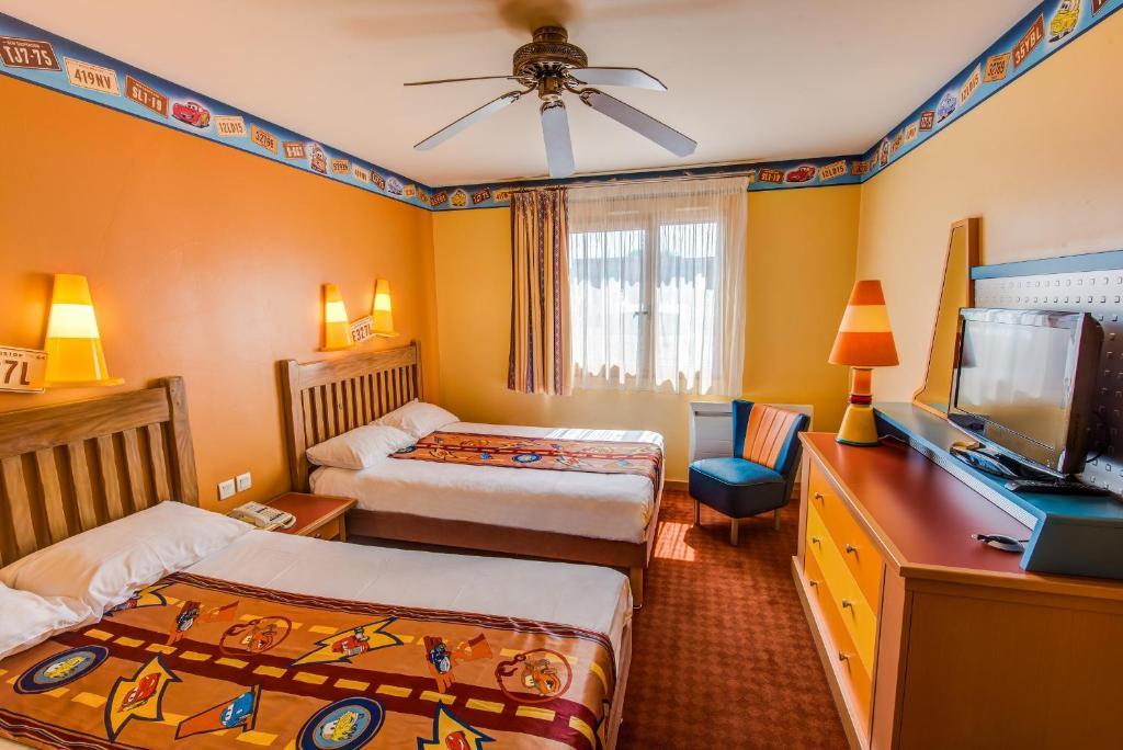Disneys hotel santa fe® disneyland