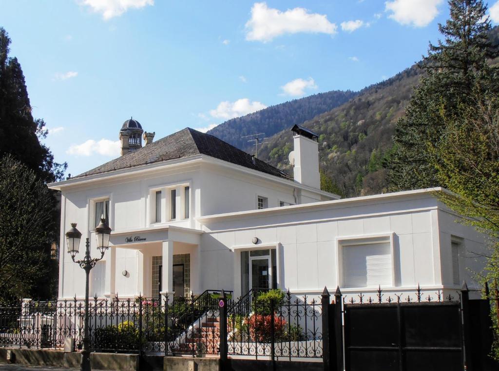 Chambres D Hotes Villa Blanca Chambres D Hotes A Bagneres De